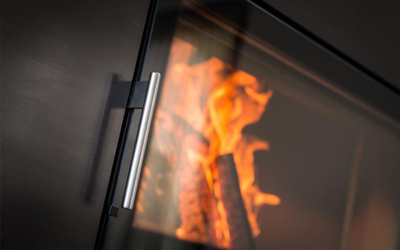 Ofentür Feuer mit Scheibenspülung